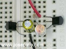 LED flasher oscillator two transistors easy to build circuit schematic